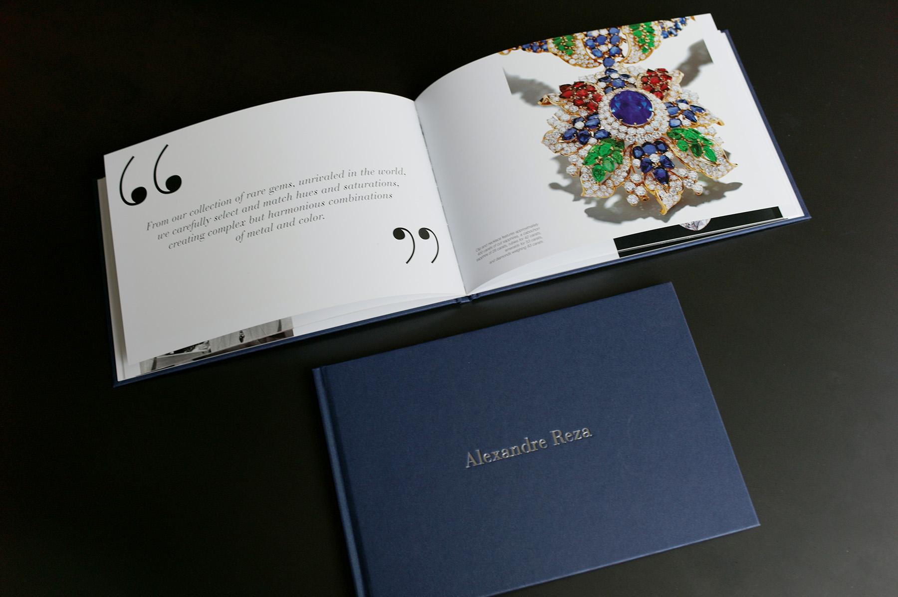 Création et fabrication de l'édition Over 60 years of Passion pour Alexandre Reza. Contenu de la page